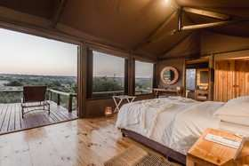 Hlosi Game Lodge 53